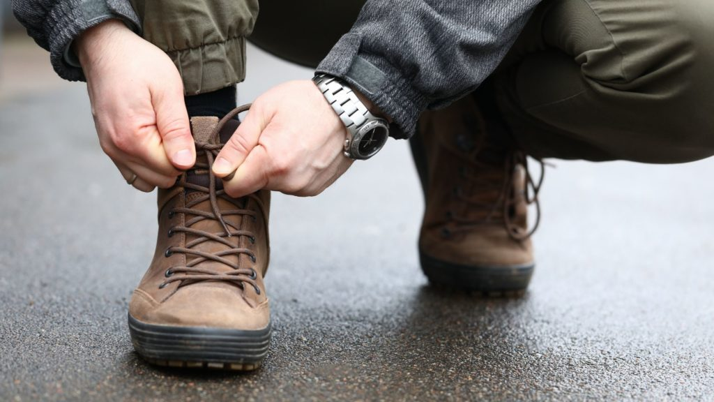 How To Tie Sperry Shoes