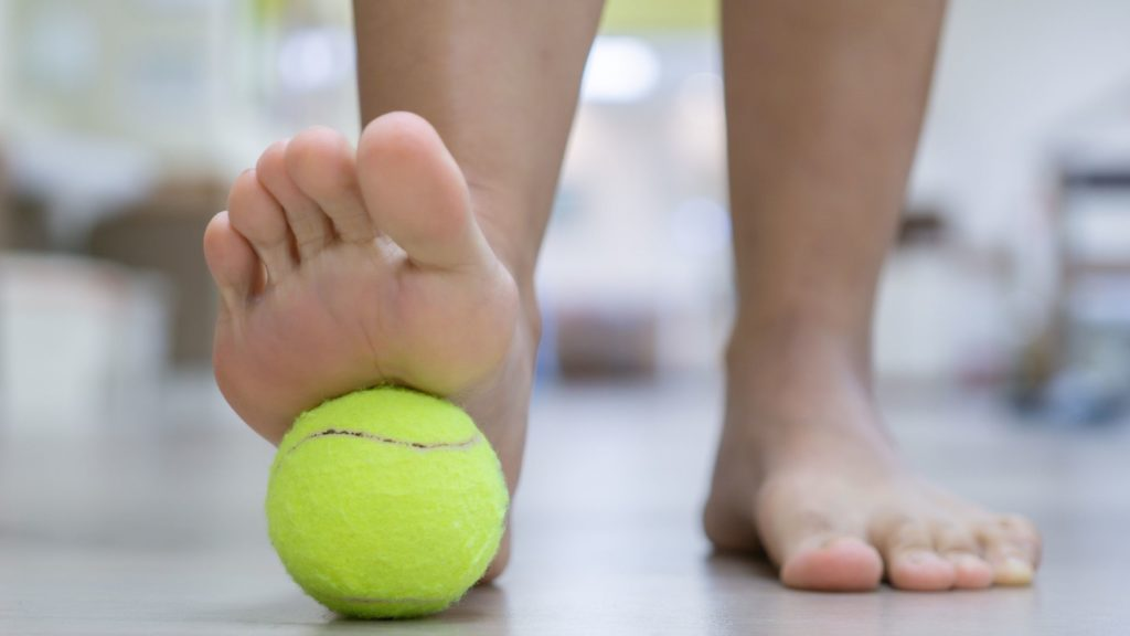 How to Relieve Plantar Fasciitis with a Tennis Ball