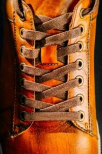 Count the Eyelets of your Shoes