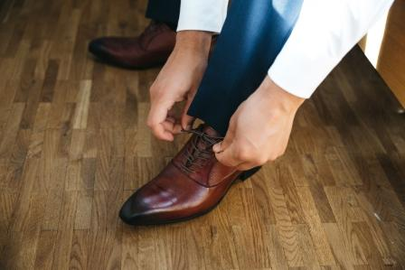 Benefits of Synthetic Shoes for Work